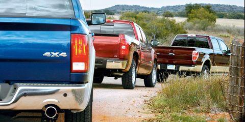 motor vehicle, tire, automotive tail  brake light, automotive exterior, automotive tire, vehicle, land vehicle, automotive lighting, automotive parking light, automotive design,