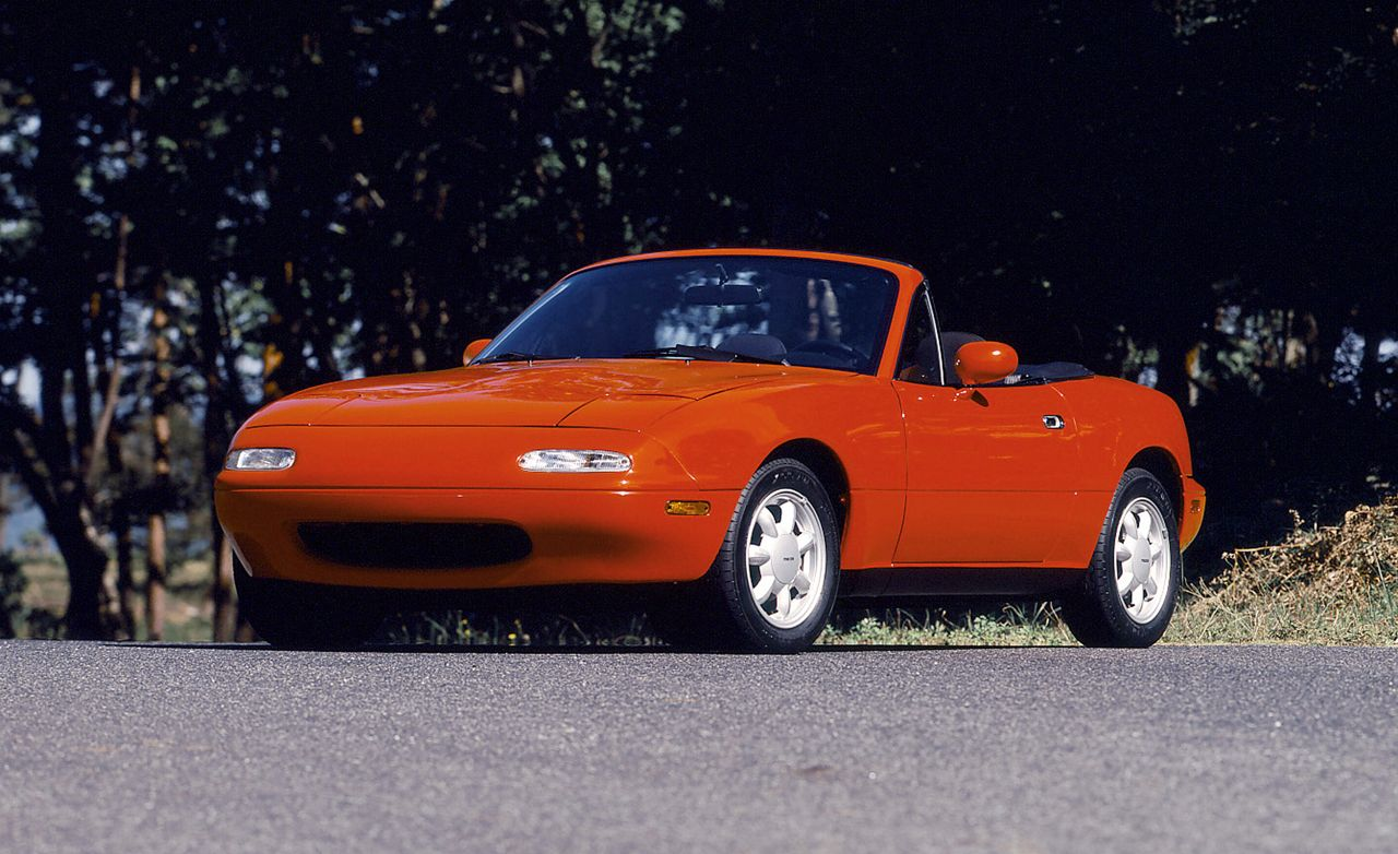 1990 MX-5 Miata Brings Pure Driving Joy