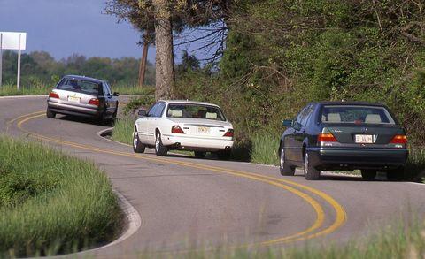 BMW 750iL vs  Jaguar XJ12, Mercedes-Benz S500 Archived
