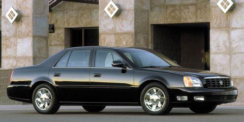 Tire, Wheel, Vehicle, Transport, Automotive tire, Window, Automotive parking light, Rim, Automotive design, Car,