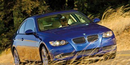 Automotive design, Vehicle, Land vehicle, Automotive mirror, Hood, Car, Vehicle registration plate, Automotive exterior, Rim, Grille,