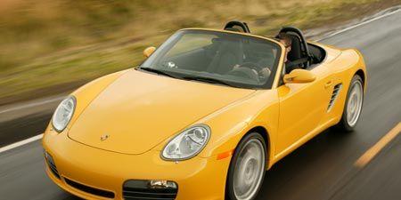 Tire, Motor vehicle, Wheel, Mode of transport, Automotive design, Automotive mirror, Vehicle, Yellow, Transport, Land vehicle,