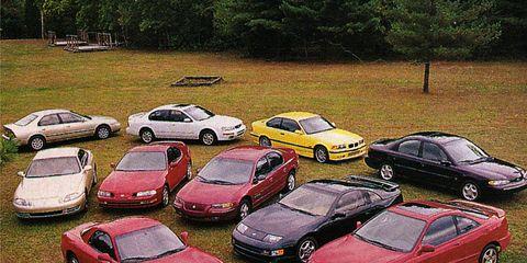 Land vehicle, Vehicle, Automotive parking light, Car, Automotive mirror, Parking, Alloy wheel, Sedan, Hardtop, Full-size car,