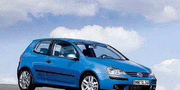 Motor vehicle, Mode of transport, Automotive design, Blue, Automotive mirror, Nature, Transport, Daytime, Vehicle, Land vehicle,