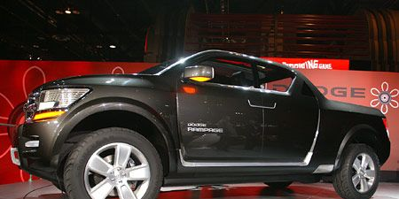 Motor vehicle, Tire, Wheel, Automotive design, Product, Automotive tire, Vehicle, Land vehicle, Car, Automotive exterior,