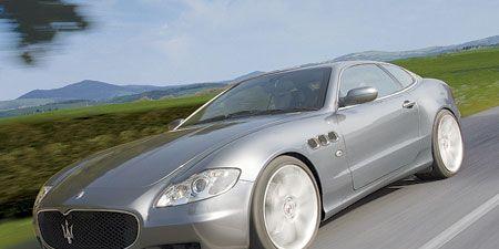 Automotive design, Mode of transport, Vehicle, Automotive tire, Rim, Car, Automotive mirror, Alloy wheel, Maserati, Personal luxury car,