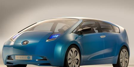 Motor vehicle, Automotive mirror, Mode of transport, Automotive design, Blue, Transport, Vehicle, Car, Glass, Automotive exterior,