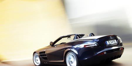 Tire, Mode of transport, Automotive design, Vehicle, Automotive lighting, Automotive exterior, Car, Vehicle door, Performance car, Automotive mirror,