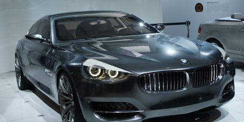 Motor vehicle, Tire, Automotive design, Mode of transport, Automotive tire, Vehicle, Land vehicle, Automotive exterior, Automotive wheel system, Hood,