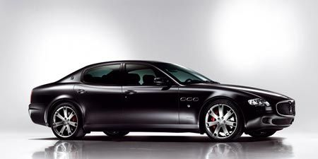 Tire, Wheel, Motor vehicle, Mode of transport, Automotive design, Vehicle, Land vehicle, Rim, Car, Alloy wheel,