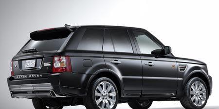 Tire, Wheel, Automotive tire, Automotive design, Vehicle, Rim, Land vehicle, Automotive tail & brake light, Automotive lighting, Car,