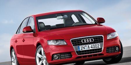 Motor vehicle, Automotive mirror, Mode of transport, Automotive design, Transport, Vehicle, Product, Vehicle registration plate, Land vehicle, Road,
