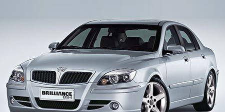 Motor vehicle, Tire, Mode of transport, Automotive design, Vehicle, Hood, Vehicle registration plate, Automotive mirror, Transport, Land vehicle,