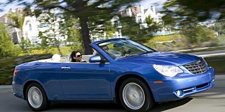Chrysler Extends Powertrain Warranty—Forever