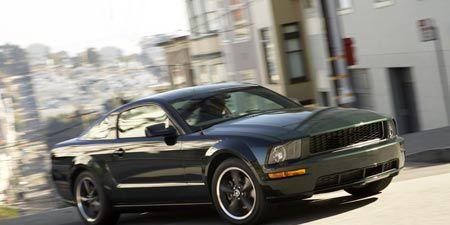 Tire, Motor vehicle, Wheel, Automotive tire, Automotive design, Transport, Vehicle, Hood, Headlamp, Automotive lighting,