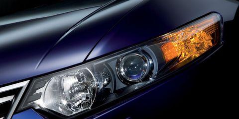 Automotive design, Blue, Automotive lighting, Headlamp, Hood, Car, Automotive exterior, Automotive parking light, Light, Personal luxury car,