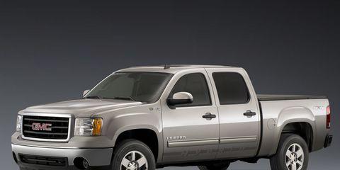 Wheel, Motor vehicle, Tire, Automotive tire, Automotive design, Vehicle, Transport, Land vehicle, Automotive parking light, Automotive mirror,