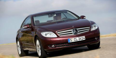 Automotive design, Mode of transport, Automotive mirror, Vehicle, Hood, Grille, Car, Headlamp, Automotive exterior, Glass,