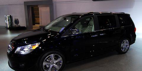 Tire, Wheel, Automotive tire, Vehicle, Automotive design, Land vehicle, Car, Rim, Glass, Automotive wheel system,