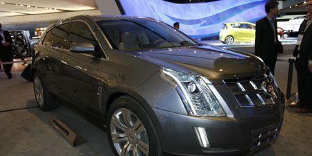 Motor vehicle, Wheel, Tire, Automotive design, Mode of transport, Vehicle, Land vehicle, Car, Grille, Fender,