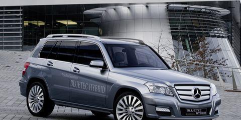 Tire, Automotive design, Vehicle, Land vehicle, Car, Rim, Mercedes-benz, Luxury vehicle, Glass, Technology,