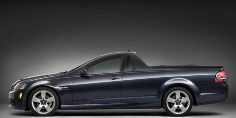 Tire, Motor vehicle, Wheel, Automotive design, Vehicle, Transport, Land vehicle, Automotive tire, Alloy wheel, Rim,