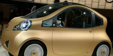 Motor vehicle, Tire, Wheel, Mode of transport, Automotive design, Vehicle, Land vehicle, Automotive tire, Automotive wheel system, Vehicle door,
