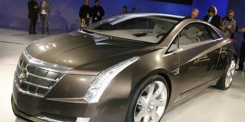 Tire, Wheel, Automotive design, Mode of transport, Vehicle, Event, Land vehicle, Car, Fender, Personal luxury car,