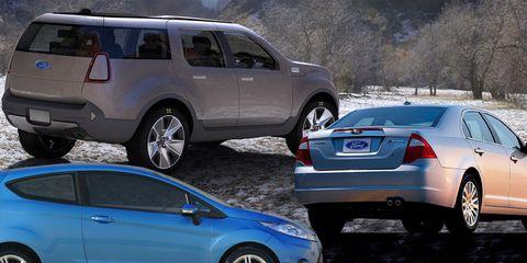 Tire, Wheel, Motor vehicle, Mode of transport, Blue, Land vehicle, Vehicle, Car, Automotive design, Automotive tire,