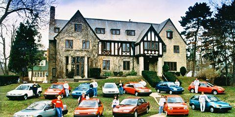 Mode of transport, Land vehicle, Vehicle, Window, Automotive parking light, Car, House, Neighbourhood, Residential area, Building,