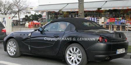 Tire, Wheel, Motor vehicle, Mode of transport, Automotive design, Vehicle, Vehicle registration plate, Land vehicle, Alloy wheel, Rim,
