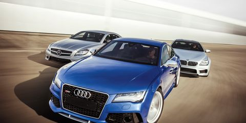 Motor vehicle, Automotive design, Vehicle, Land vehicle, Car, Grille, Personal luxury car, Automotive exterior, Automotive lighting, Automotive parking light,