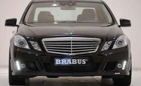 Motor vehicle, Mode of transport, Automotive design, Vehicle, Automotive lighting, Glass, Land vehicle, Automotive mirror, Headlamp, Transport,