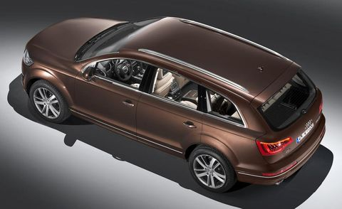 Tire, Motor vehicle, Wheel, Automotive design, Vehicle, Land vehicle, Vehicle door, Car, Automotive exterior, Automotive tire,