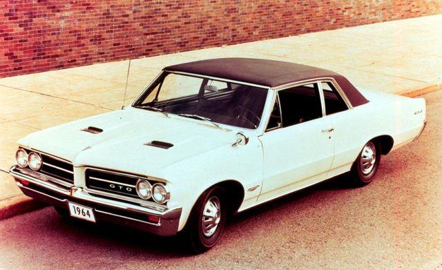 Land vehicle, Vehicle, Car, Classic car, Muscle car, Pontiac gto, Coupé, Hardtop, Sedan, Pontiac tempest,