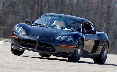 Tire, Wheel, Automotive design, Automotive mirror, Vehicle, Automotive tire, Headlamp, Automotive lighting, Transport, Hood,