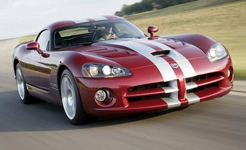 Tire, Wheel, Automotive design, Vehicle, Hood, Land vehicle, Headlamp, Automotive lighting, Performance car, Car,