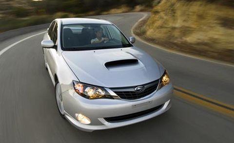 Road, Automotive mirror, Daytime, Vehicle, Glass, Automotive lighting, Hood, Headlamp, Road surface, Asphalt,