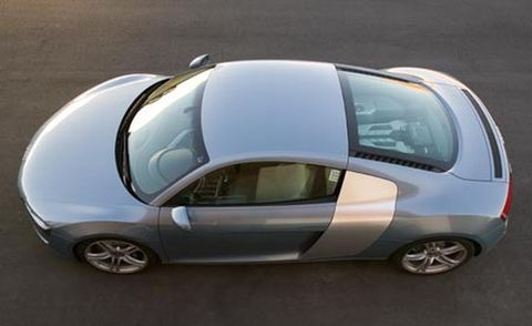 Motor vehicle, Automotive mirror, Mode of transport, Automotive design, Transport, Vehicle, Vehicle door, Automotive tire, Automotive exterior, Rim,