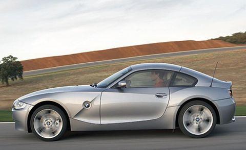 Tire, Wheel, Automotive design, Vehicle, Alloy wheel, Automotive mirror, Rim, Land vehicle, Automotive tire, Automotive wheel system,