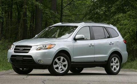Tire, Wheel, Daytime, Vehicle, Automotive tire, Glass, Land vehicle, Automotive mirror, Automotive lighting, Rim,