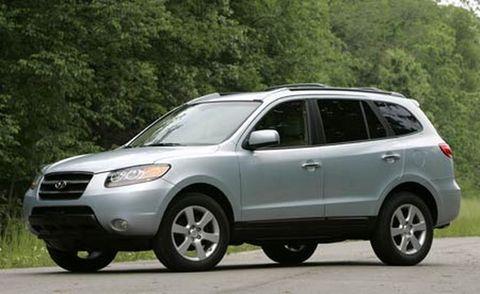 Tire, Wheel, Daytime, Vehicle, Automotive mirror, Automotive tire, Glass, Land vehicle, Headlamp, Rim,