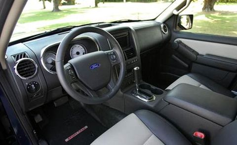 Motor vehicle, Steering part, Steering wheel, Vehicle, Vehicle door, White, Automotive mirror, Car seat, Glass, Center console,