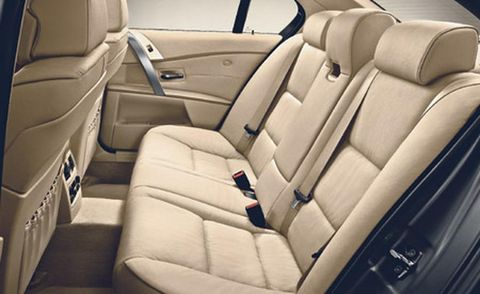 Motor vehicle, Mode of transport, Transport, Car seat, Vehicle door, Car seat cover, Fixture, Head restraint, Seat belt, Automotive window part,