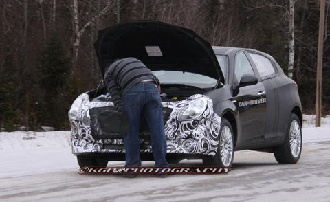 Automotive design, Winter, Car, Automotive tire, Freezing, Fender, Bag, Automotive wheel system, Denim, Alloy wheel,
