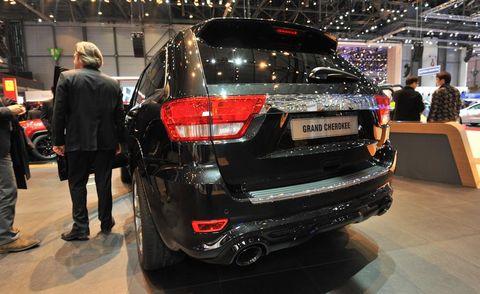 Automotive design, Land vehicle, Vehicle, Event, Car, Auto show, Exhibition, Automotive lighting, Fender, Luxury vehicle,