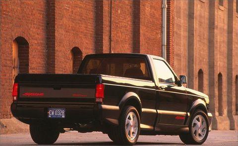 Land vehicle, Vehicle, Car, Pickup truck, Truck bed part, Truck, Chevrolet s-10, Automotive exterior, Tire, Chevrolet,