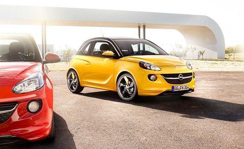 Tire, Motor vehicle, Wheel, Mode of transport, Automotive design, Vehicle, Land vehicle, Yellow, Automotive lighting, Car,