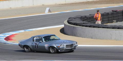 Tire, Vehicle, Land vehicle, Motorsport, Sport venue, Car, Race track, Classic car, Performance car, Asphalt,