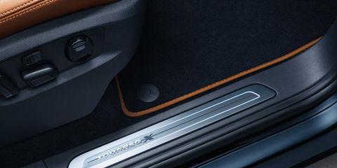 Motor vehicle, Automotive exterior, Vehicle door, Fixture, Metal, Automotive door part, Steel, Silver, Carbon, Trunk,
